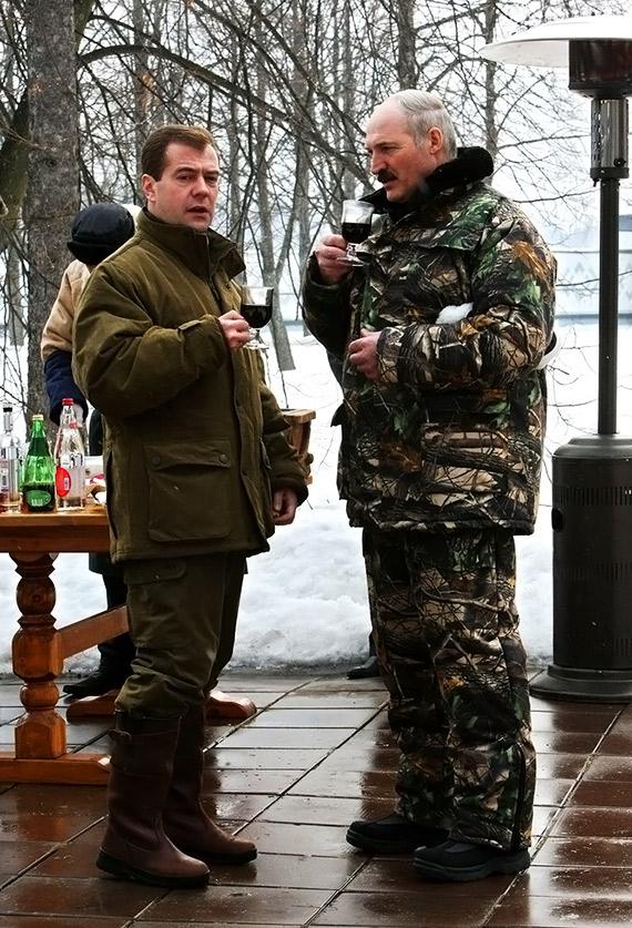 Русская мама вернулась пьяной из клуба и стала